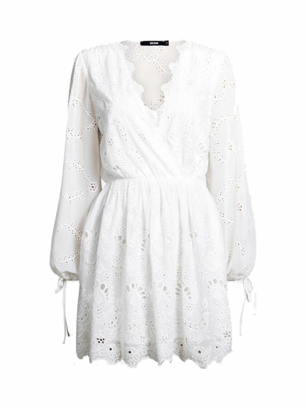 Kjole fra Bik Bok |600,-| https://bikbok.com/no/p/kjoler/marais-kjole/7218250_F900#crl8-gallery