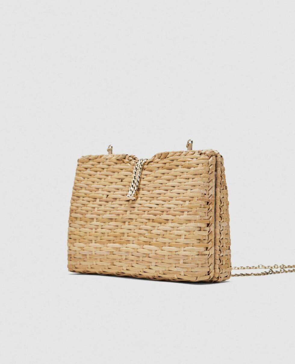 Veske fra Zara  399,-  https://www.zara.com/no/no/boksveske-i-bast-med-skulderrem-p11680304.html?v1=5467520&v2=819022
