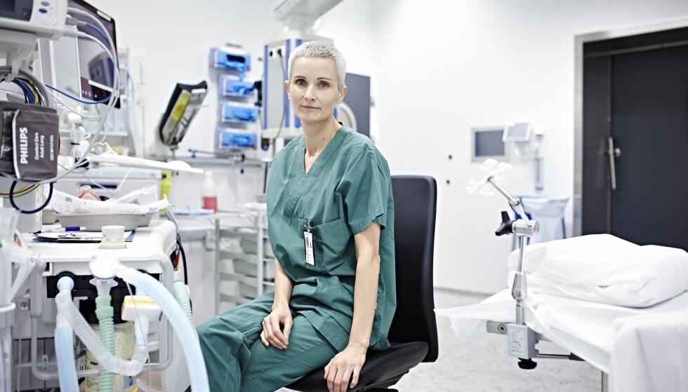 OPERATION SMILE: – Jeg er så superheldig at jeg har en mann som skjønner at jeg trenger utfordringer for å være fornøyd, sier anestesilege Grethe Heitmann. FOTO: Geir Dokken