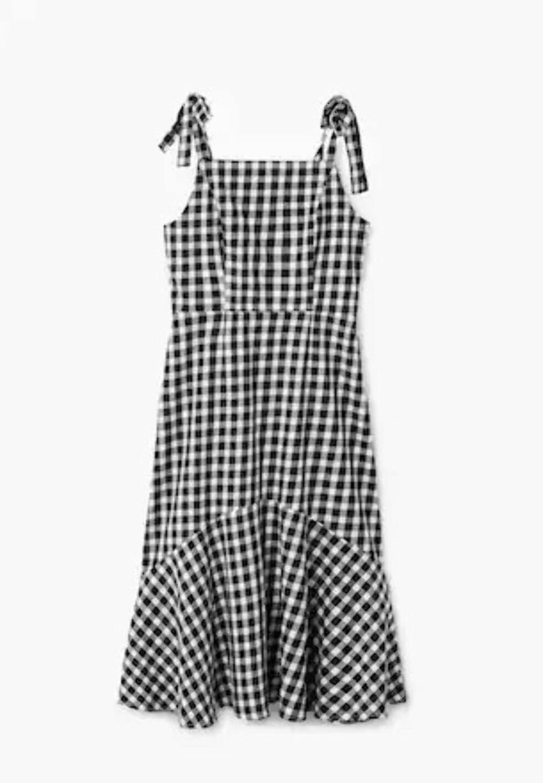 Kjole fra Mango |499,-| https://shop.mango.com/no/damer/kjoler-midi/kjole---_23008827.html?c=99&n=1&s=prendas.familia;32