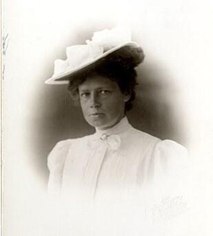 BLE 74 ÅR: Therese Bertheau levde et svært aktiv liv og var en foregangskvinne innen fjellsporten. FOTO: Gustav Borgen Christiania // Gamle Bergens Bildesamling