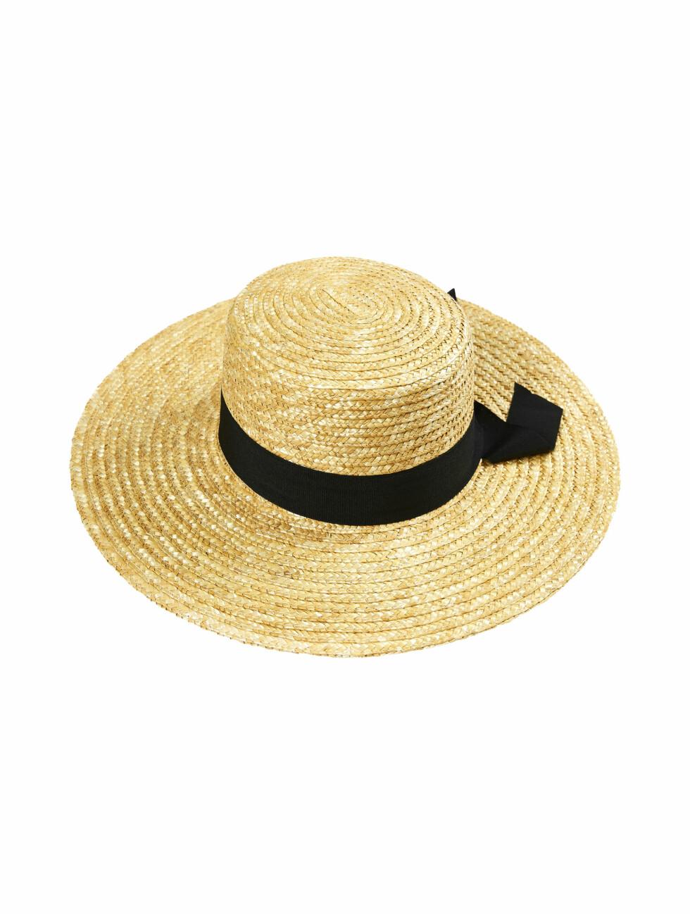 Hatt fra Cubus |149,-| https://cubus.com/no/p/accessories/hatter/maddox-strahatt/7217610_F812