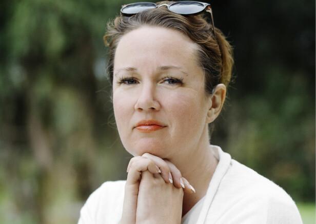 EVENTYRLYSTEN: Kristine S. Henningsen jobber som blogger, forfatter og driver en forfatterskole sammen med mannen sin. Hun, mannen og deres tre sønner bor i Spania. Foto: Nina Ruud/SOS-barnebyer