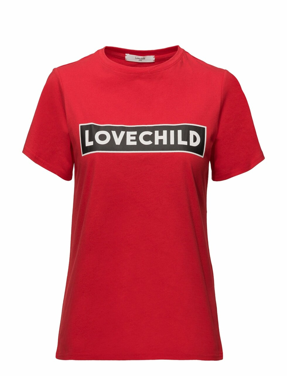 <strong>T-skjorte fra Lovechild 1979 via Boozt |695,-|https:</strong>//www.boozt.com/no/no/lovechild-1979/alyssa-t-shirt_16898798/16898799?navId=67362&sNavId=67386&group=listing&position=1000000
