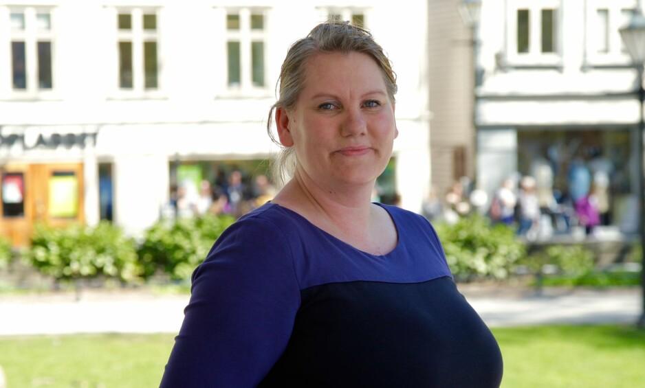 MISTET OMSORGEN FOR BARNA: Merethe Løland (38) har hatt et turbulent liv, og hun var ikke i stand til å ta vare på døtrene sine. Da barnevernet hentet dem, startet kampen om å få dem tilbake. FOTO: Ida H. Bergersen