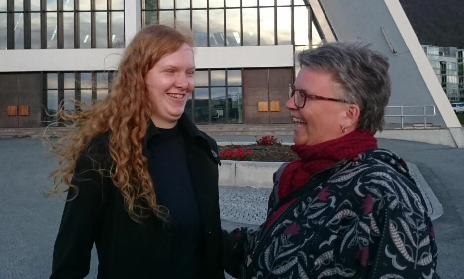 <strong>Å VÆRE BLIND:</strong> Karen Marie forteller at hun aldri kommer til å bli helt vant til at datteren, Solveig-Marie, er blind. Hun forklarer at det er en sorg hun bærer med seg hele livet. FOTO: Privat