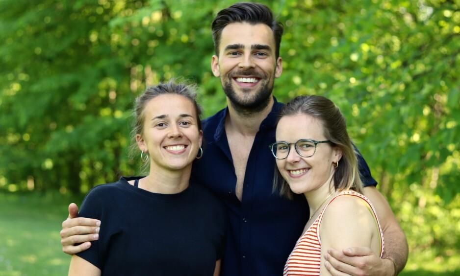 FRONTALLAPPDEMENS: Pappaen til Mari (til venstre), Kim og Liza fikk frontallappemens. For å holde motet oppe i en ekstremt trist og vanskelig situasjon, ble humor redningen. FOTO: Ida Bergersen