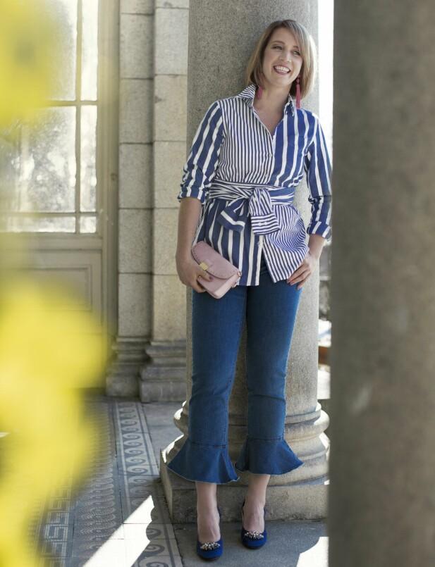 <strong>PIA HAR PÅ SEG:</strong> Skjorte (kr 1600, Gant), jeans (kr 650, Saint Tropez), øredobber (kr 350) og veske (kr 350, begge fra Accessorize) og pumps (kr 2100, Monsoon). FOTO: Astrid Waller