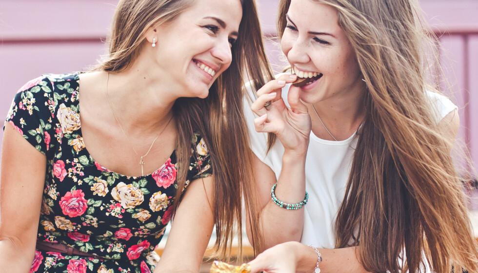 GÅ FOR FAVORITTSNACKSEN: Bjørnstad påpeker at mengden er viktig - både når vi spiser godteri og nøtter. Velg favoritten, råder hun, og pass heller litt på menden. FOTO: NTB Scanpix