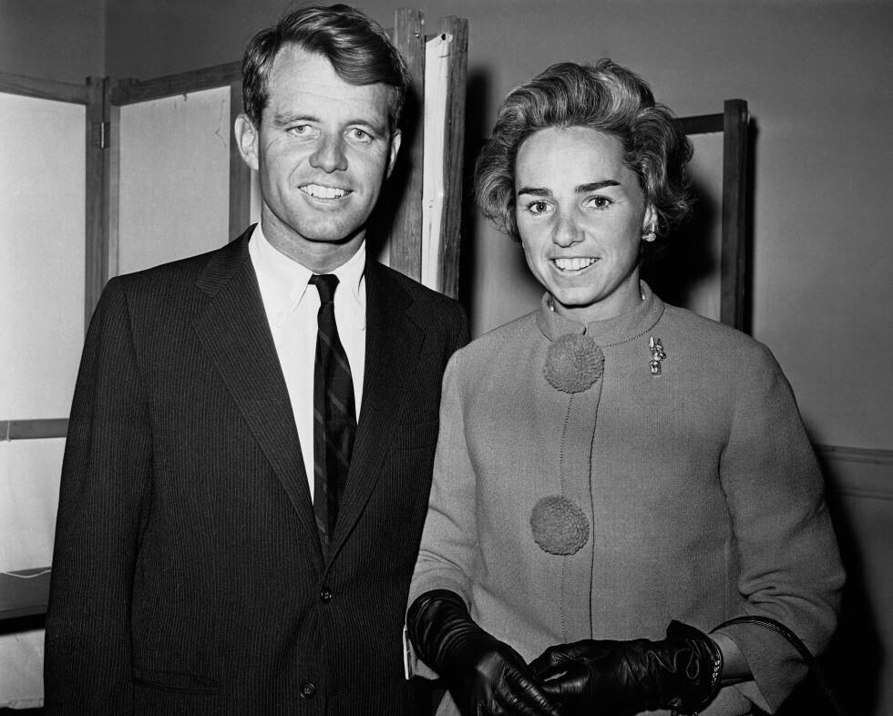 <strong>PENT PAR:</strong> Ethel og Robert Kennedy fotografert i 1960 - samme år som John F. Kennedy ble valgt som president. FOTO: NTB Scanpix