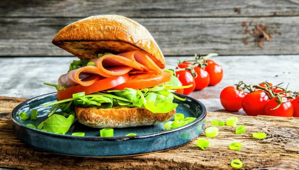 CIABATTA: Sandwicher kan gjøres på mange ulike måter og med akkurat det fyllet du liker best. FOTO: Matprat.no