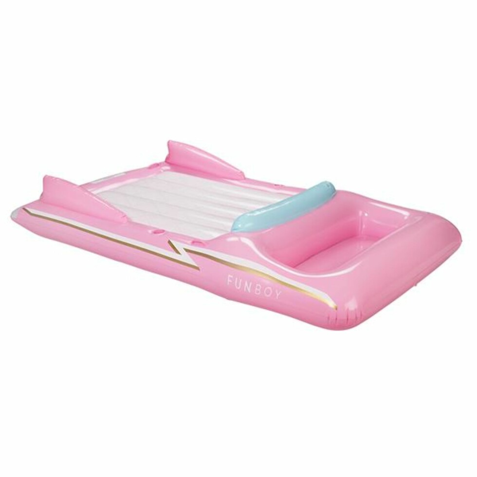 Bademadrass fra Funboy |1040,-| https://www.funboy.com/collections/new-arrivals/products/retro-pink-convertible-float