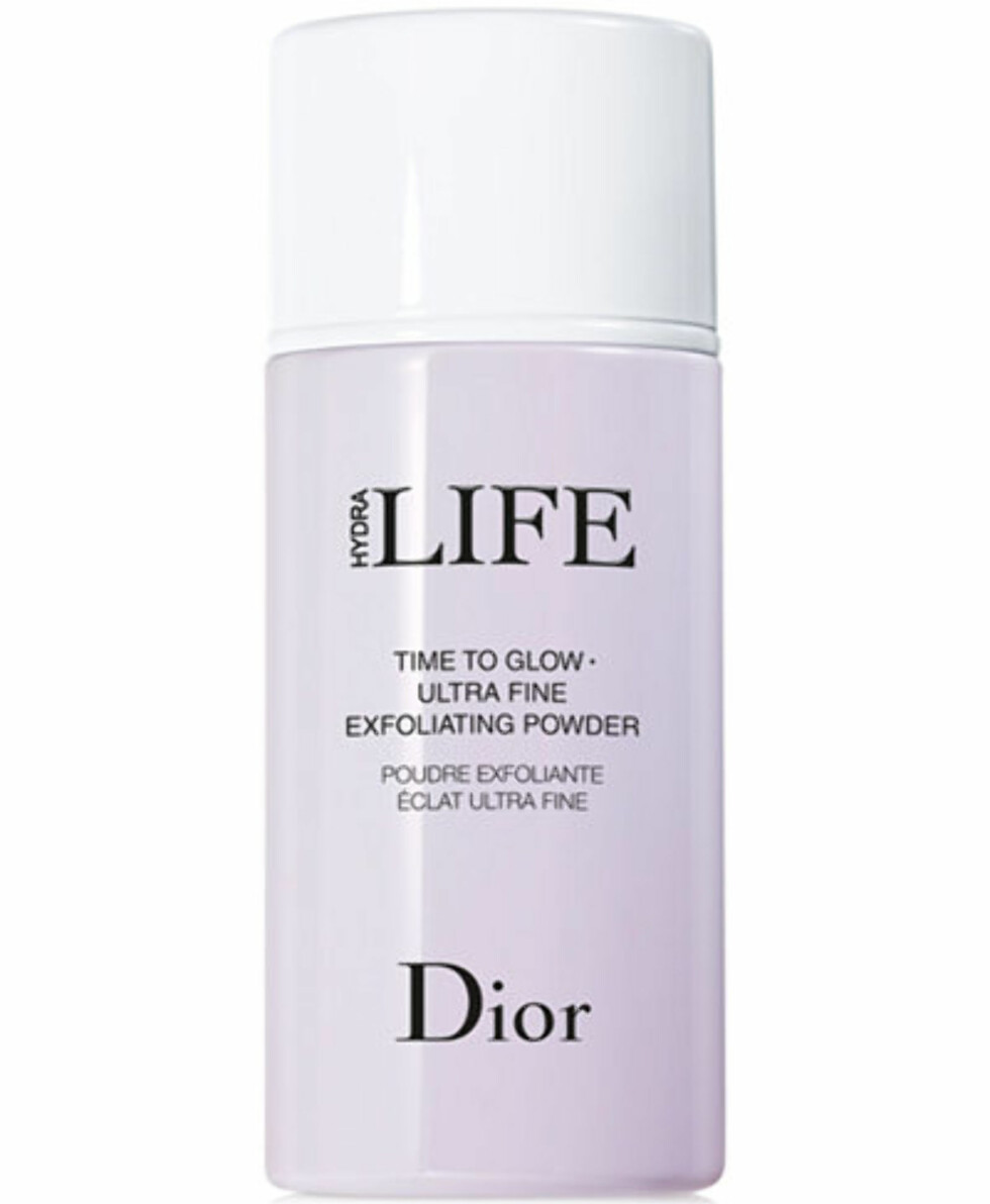 Ansiktspeeling fra Dior |410,-| https://www.kicks.no/dior/hudpleie/ansikt/fukt-og-beskyttelse/life-exfoliating-powder?gclid=EAIaIQobChMIu87677LV2wIVkJQYCh09LwTrEAQYAiABEgJj6vD_BwE