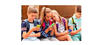 - Å gi barn smarttelefon uten opplæring, er som å gi en tiåring bilnøklene og ønske god tur!