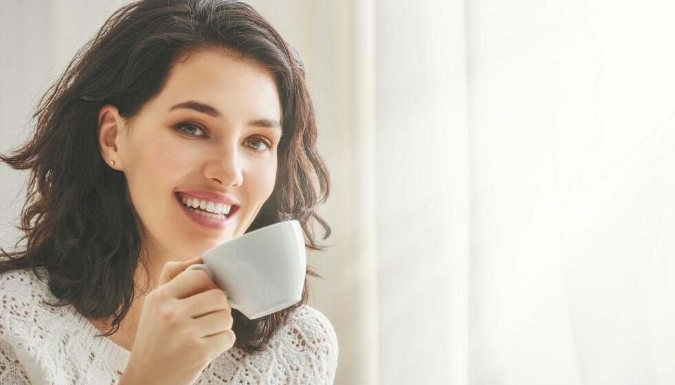 FORSIKTIG VED GRAVIDITET: Mennesker med høy følsomhet for koffein, samt gravide, bør være mer forsiktig med kaffeinntaket. Foto: Scanpix.