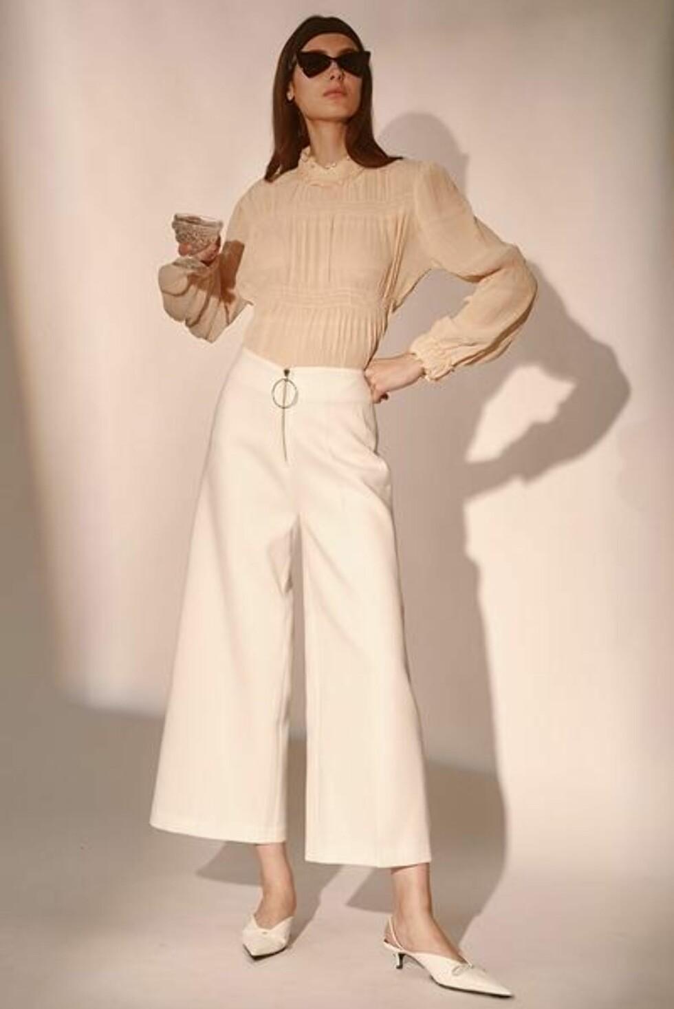 Bukse fra Style Mafia |775,-| https://stylemafia.us/collections/new-arrivals/products/ernav-pants-white#.WzNoDFUzbRZ