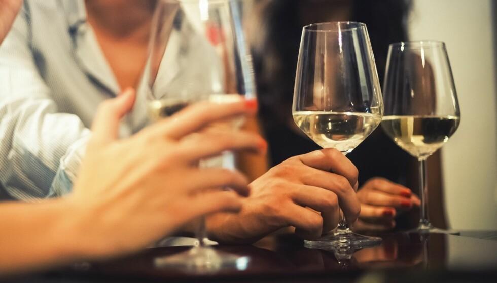 ALKOVETT: Det er lurt å planlegge hvor mye du skal drikke før du begynner. FOTO: Shutterstock