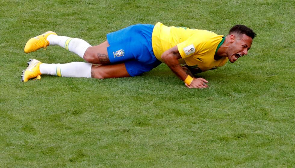FOTBALL-VM: Neymar da Silva Santos Junior har lengst liggetid i VM. Rulling er ein del av denne liggetida. FOTO: NTB Scanpix