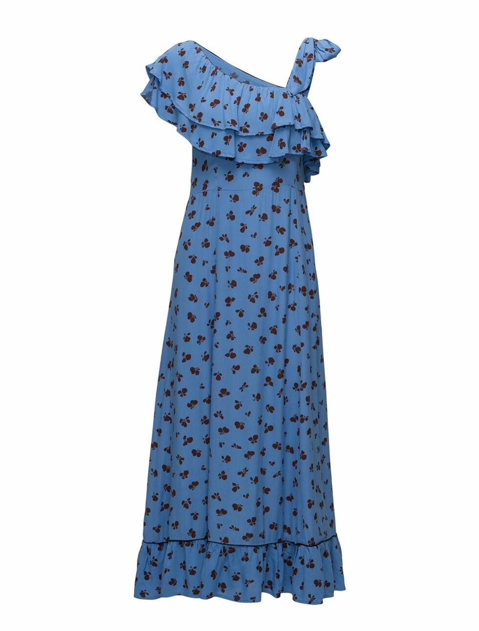 Kjole fra Ganni  1160,-  https://www.boozt.com/no/no/ganni/roseburg-crepe_17246010/17246011?navId=67453&group=listing&position=1000000