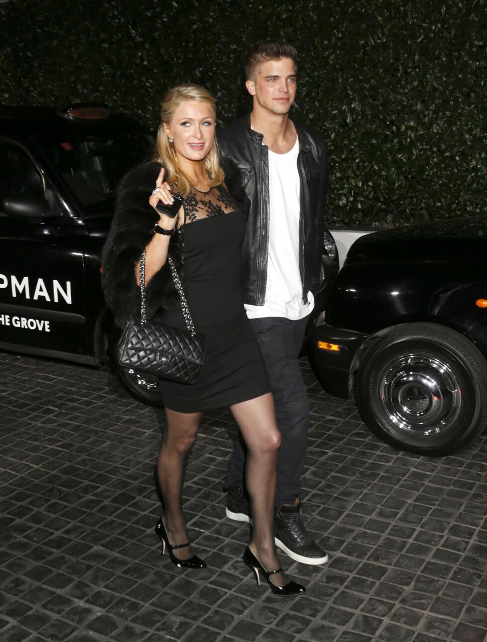 Paris Hilton ankommer Cecconi's.