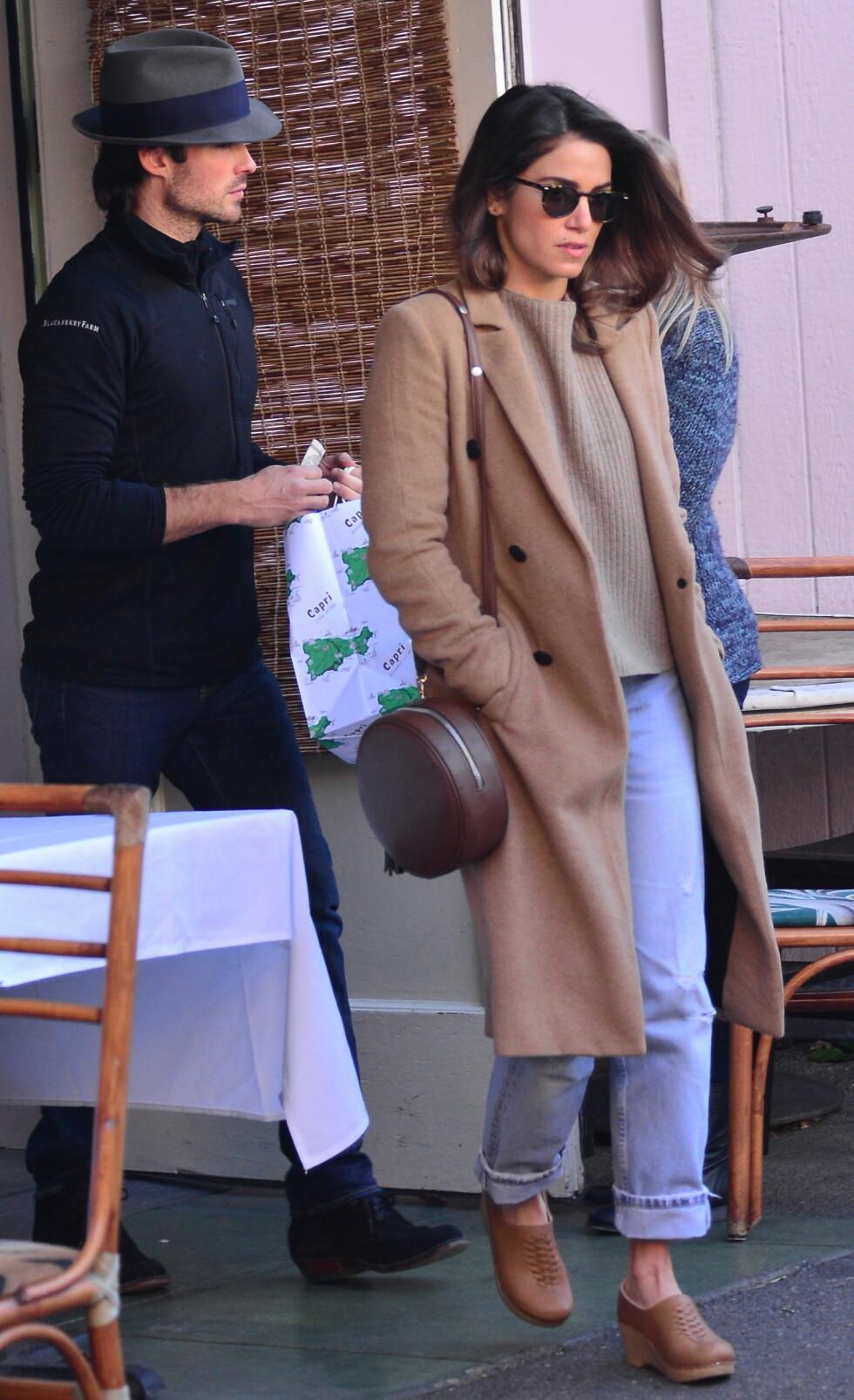 Ian Somerhalder og kona Nikki Reed forlater The Ivy etter lunsj.