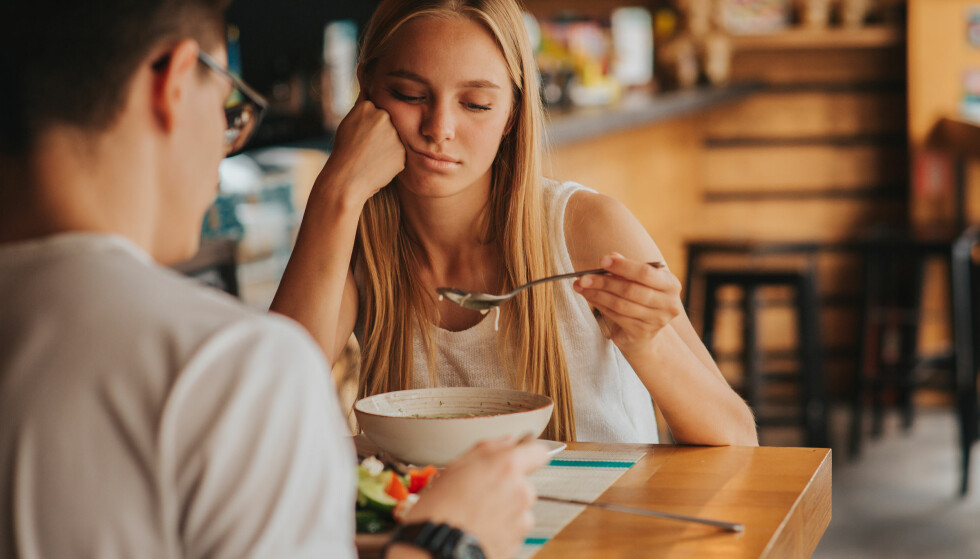DÅRLIG APPETITT: Har du dårlig appetitt om sommeren? Få i deg det du kan, og husk å drikke mye! FOTO: NTB Scanpix