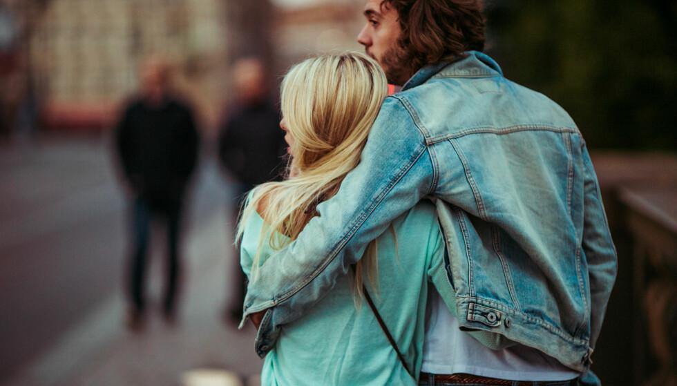 AVHENGIG: - Det er naturlig å lengte etter å ha en kjæreste, men som voksen skal vi ikke være avhengige av et bestemt menneske. Det var vi da vi var barn, men det er vi ikke når vi er voksne. FOTO: NTB Scanpix