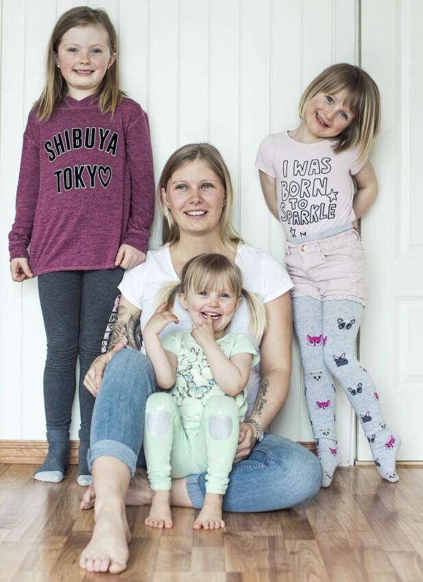 Ninja har tre døtre, Leonore, Josefine og Ellinor, og hun venter sitt fjerde. Hun bestemte seg tidlig for at hun ville bli mor, og fikk sitt første da hun var 18 år. FOTO: Astrid Waller