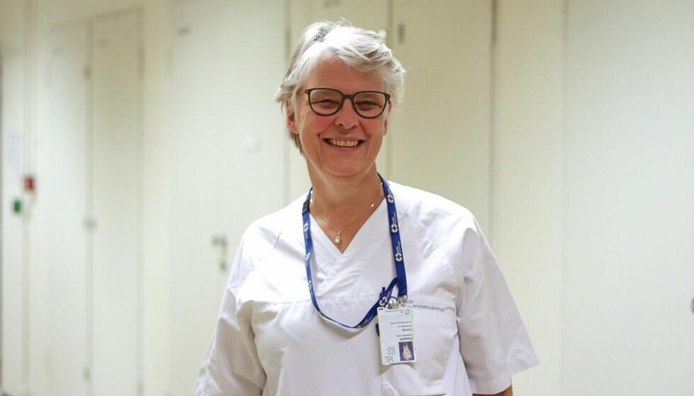 MS ER INGEN STOPPER FOR GRAVIDITET: Elisabeth Celius, overlege ved nevrologisk avdeling på Ullevål universitetssykehus, forklarer at enkelte MS-medisiner fint kan brukes selv om man er gravid FOTO: Ida Bergersen