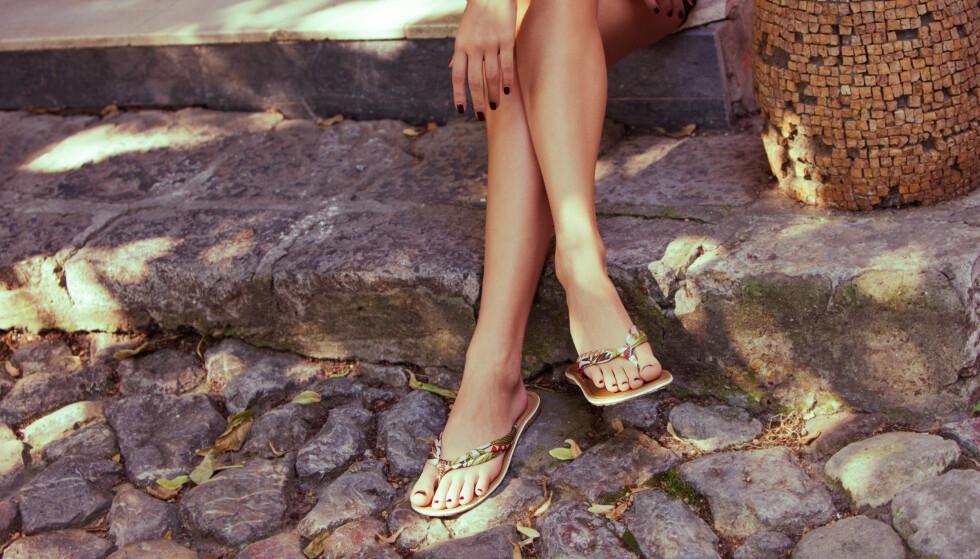 SOMMERSKO: Flip flops er definitivt en favoritt i varmen, men duger de på jobb? FOTO: Scanpix