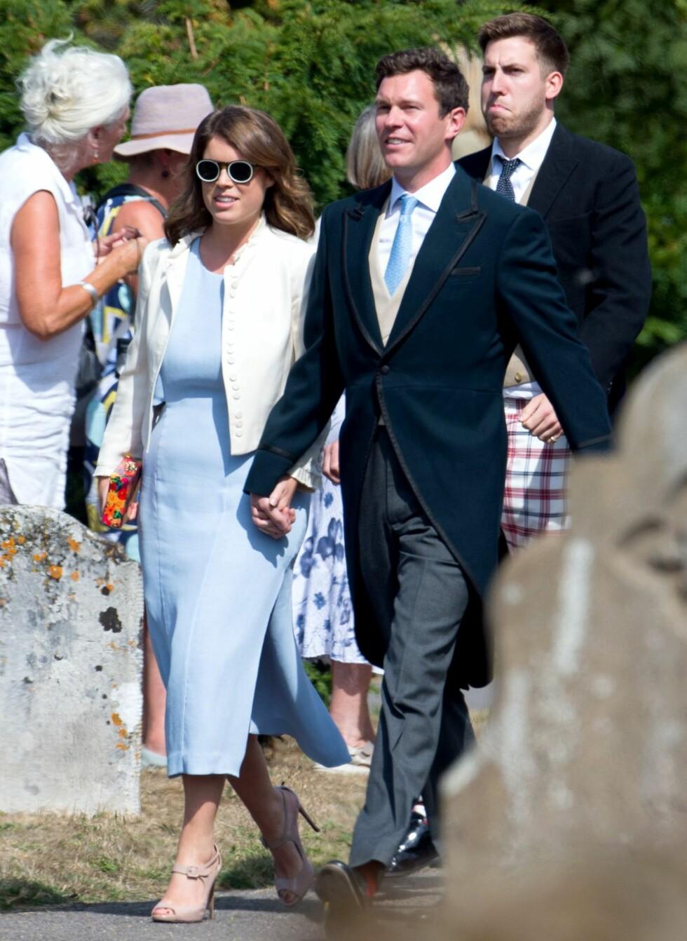 NESTE PAR UT: Eugenie og Jack var til stede da Daisy Jenks og Charlie van Straubenzee - en av prins Harrys beste venner - giftet seg i august 2018. Om to måneder er det Eugenie og Jacks tur. FOTO: NTB Scanpix