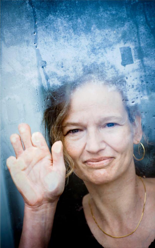 KOLDBRANN: Når man ligger i koma, kan det gå koldbrann i fingrene, og dte var nettopp det som skjedde med Rikke. FOTO: CLAUS BOESEN