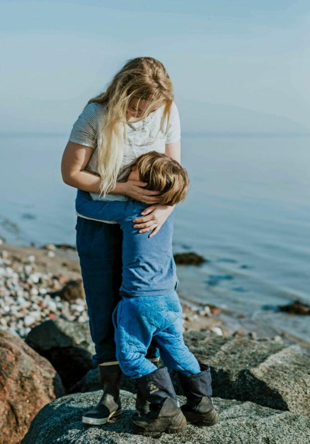 STRESSFRITT: Ingen av Maj Mys barn sendes på skole, de undervises hjemme med gode muligheter for lange utestunder med foreldrene.