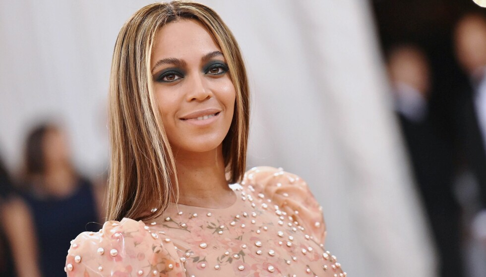 BEYONCÉ: Den flotte trebarnsmoren Beyoncé Knowles åpner opp i et stort intervju for amerikanske Vogue, og forteller blant annet om at hun er lei av jaget etter den perfekte kroppen etter et svangerskap. FOTO: NTB Scanpix