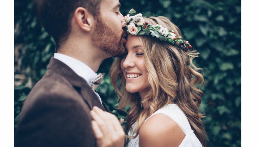 Er det virkelig sånn at brudeparet sover hver for seg natten før bryllupet?