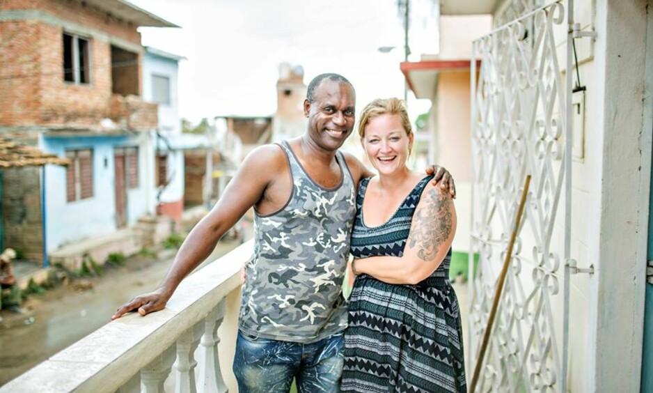 FLYTTET TIL CUBA: Marianne og ektemannen Norge (ja, han heter Norge!) driver nå et eget gjestehus på Cuba. FOTO: Privat