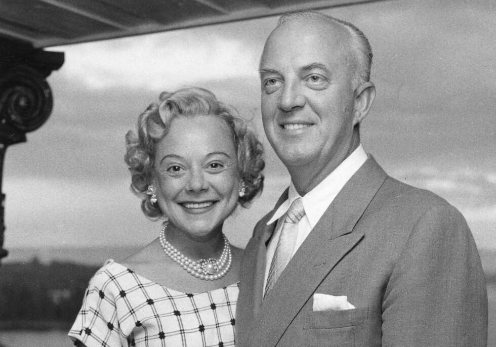 EKTEMANN NUMMER TRE: Kort tid etter sin andre skilsmisse, i juni 1956, giftet Sonja Henie seg med den norske skipsrederen Niels Onstad. De forble gift til hennes død i 1969. FOTO: NTB Scanpix
