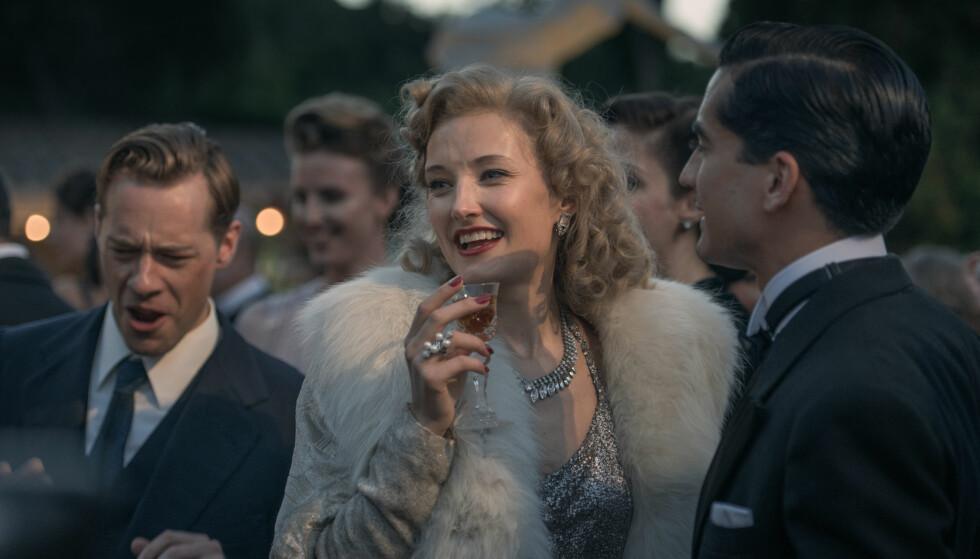 OMSVERMET: På høyden av karrieren var Sonja Henie Hollywoods best betalte filmstjerne. Hun var gift tre ganger. Dette bildet er fra filmen. FOTO: Maipo/NFD // Filmweb