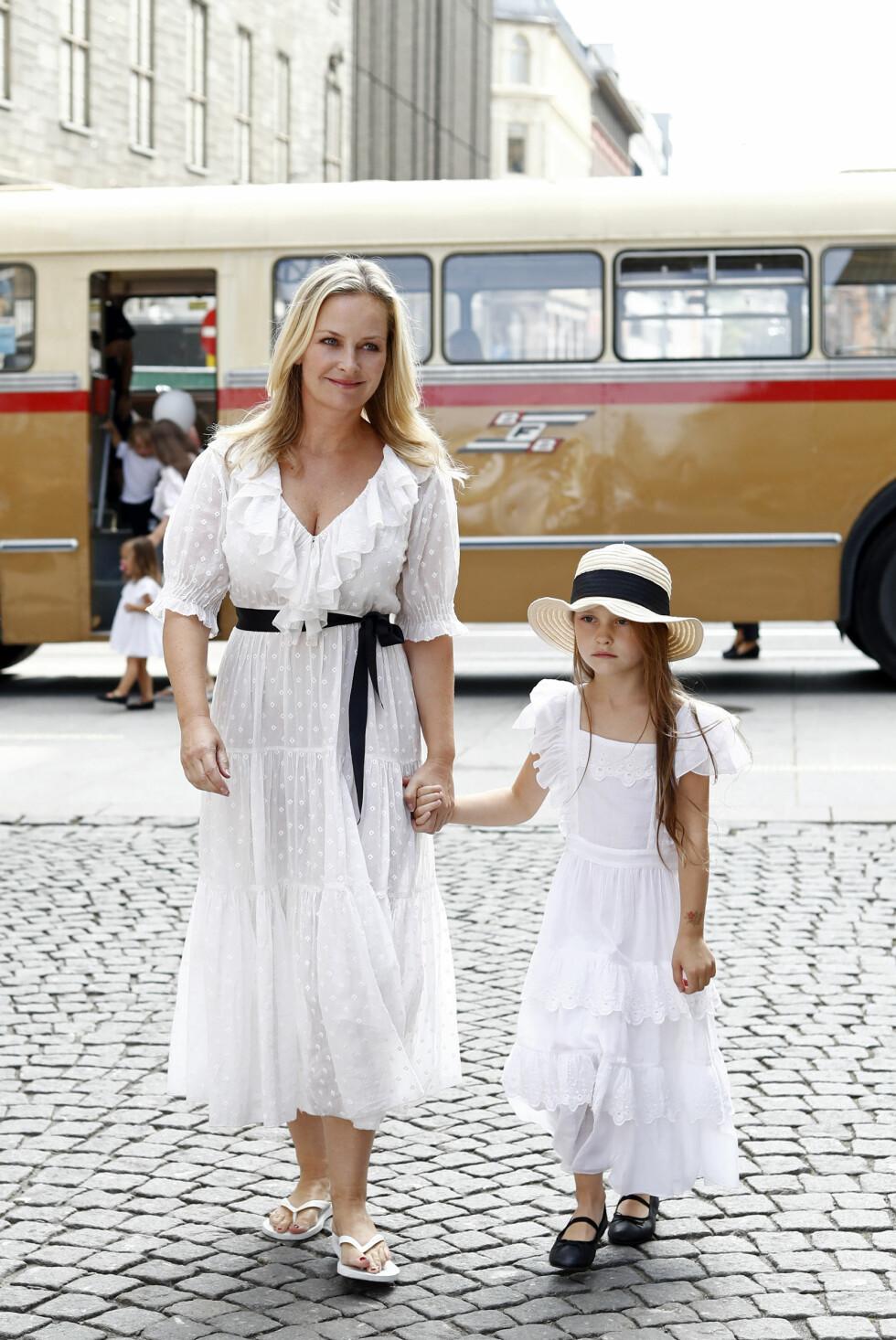 Synnøve Skarbø og datteren Foto: Getty Images