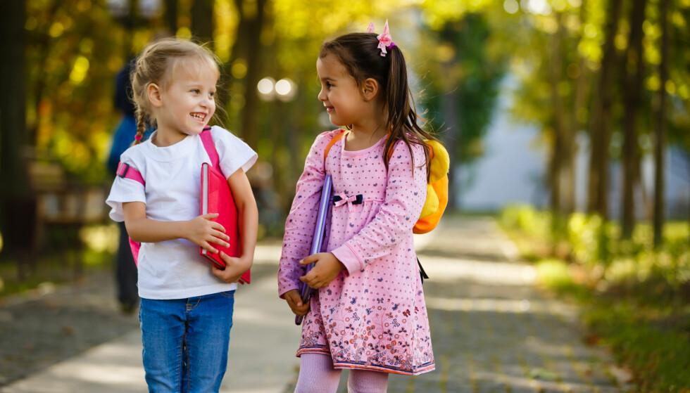 SKOLESTART: Dersom barnet ditt ikke finner seg helt til rette på skolen eller strever faglig, finnes det heldigvis mange mulige løsninger. Foto: NTB Scanpix.