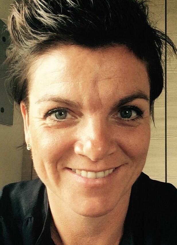 BARNDOMSVENNINNEN: Kristbjørg Bjelland ble kjent med Birgitte Tengs da de begge to begynte i førsteklasse på Sund skole. FOTO: Privat