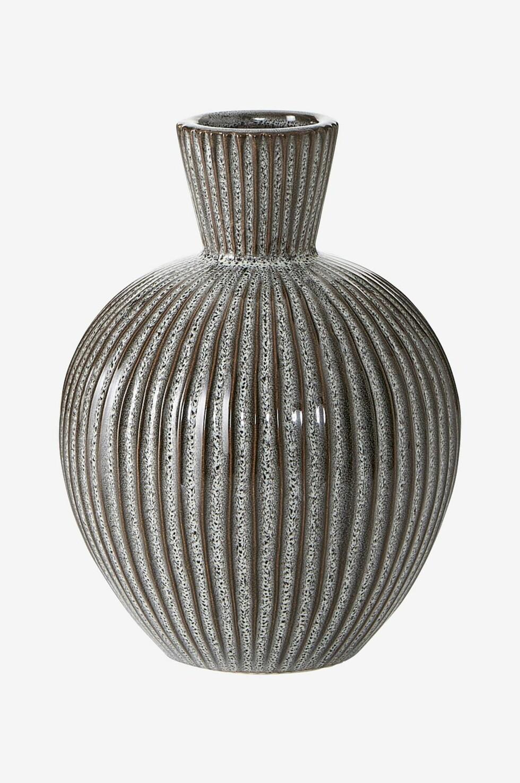 Vase fra Ellos |224,-| https://www.ellos.no/ellos-home/vase-merlo-hoyde-20-cm/1522019-01