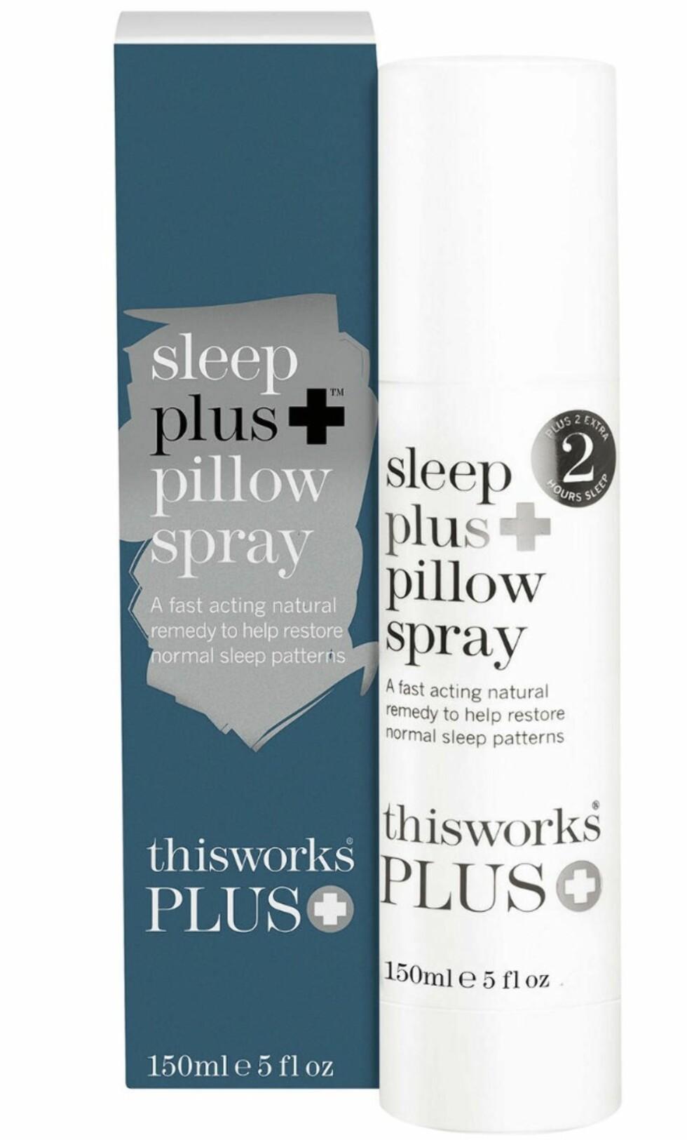 Skal frigjøre søvndyssende molekyler hele natten (kr 420, This Works, Sleep Plus Pillow Spray).