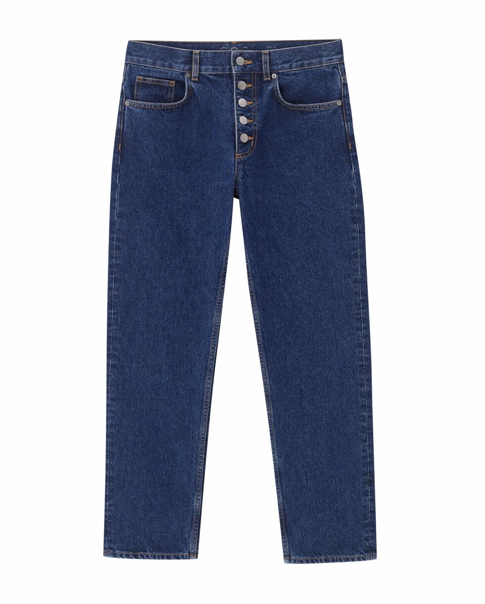 Jeans med knapper (kr 790, Cos).
