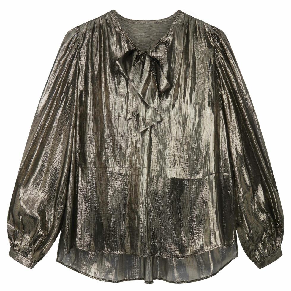 Metallisk bluse (kr 410, asos.com).
