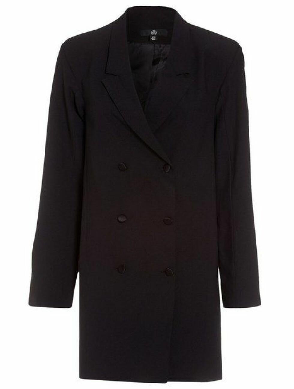 Missguided |449,-| https://nelly.com/no/kl%C3%A6r-til-kvinner/kl%C3%A6r/festkjoler/missguided-201538/crepe-belted-button-blazer-dress-605915-0426/