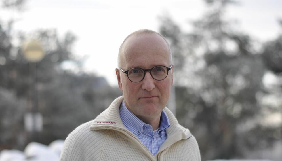 EKSPERT: Jørgen Gustav Bramness, seniorforsker ved Nasjonal kompetansetjeneste for samtidig rusmisbruk og psykisk lidelse. FOTO: Frøy Lode Wiig.
