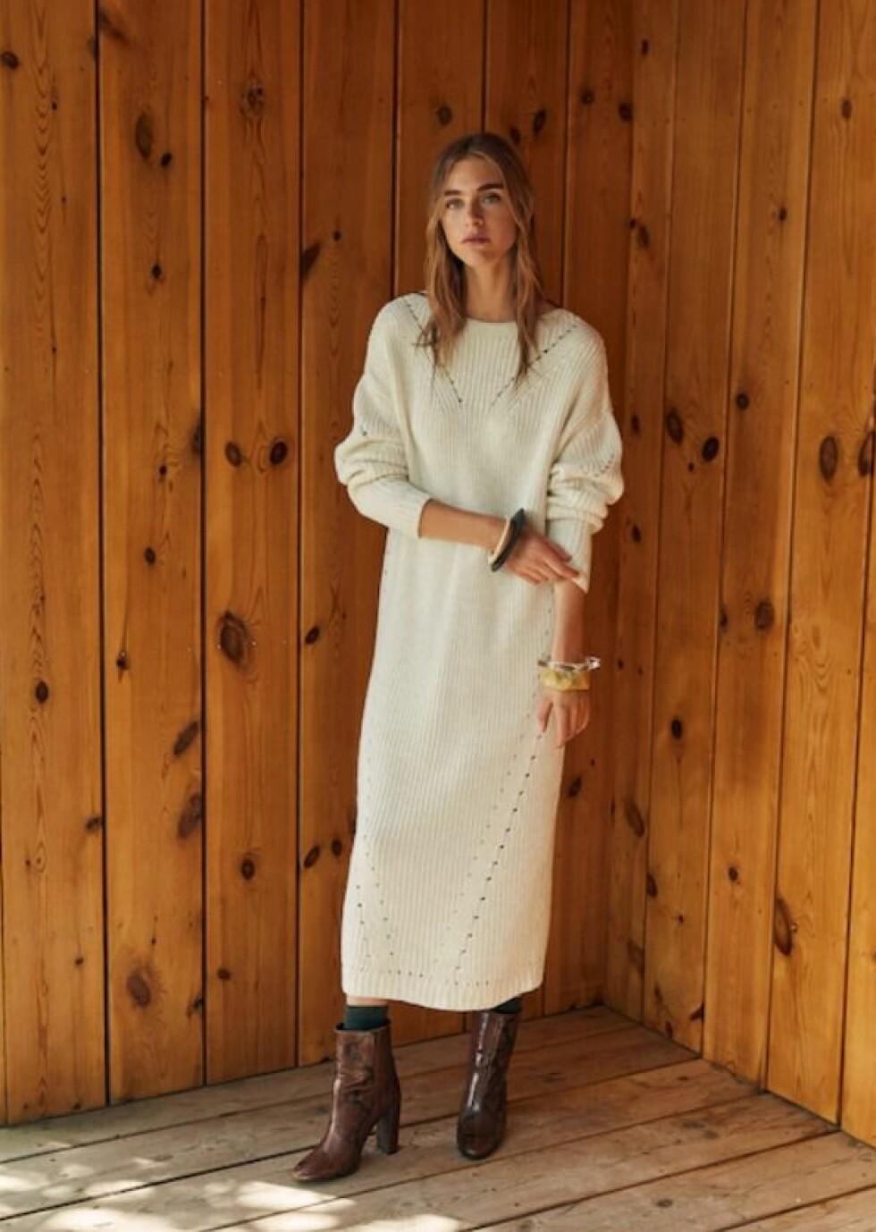 Kjole fra Mango |500,-| https://shop.mango.com/no/damer/kjoler/lang-kjole-med-hullm%C3%B8nster_33085798.html?c=02&n=1&s=nuevo