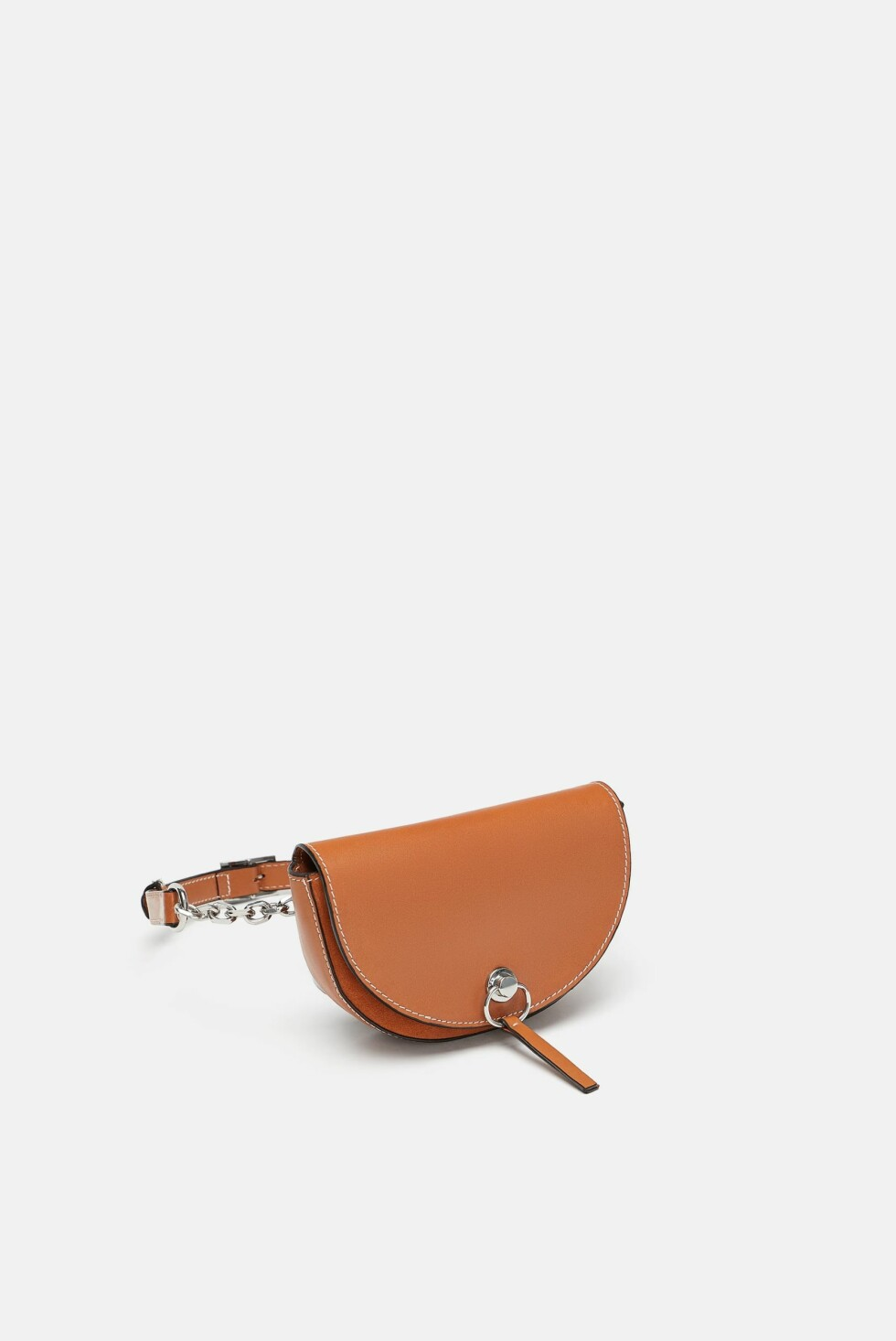 Rumpetaske fra Zara |560,-| https://www.zara.com/no/no/kombinert-rumpetaske-i-skinn-p15676304.html?v1=6963603&v2=1074708
