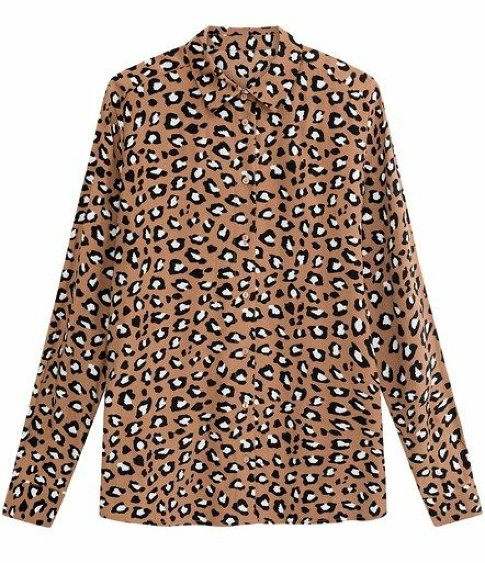 Skjorte fra Kappahl |300,-| https://www.kappahl.com/nn-NO/dame/bluser/monstret-viskosebluse/465153/